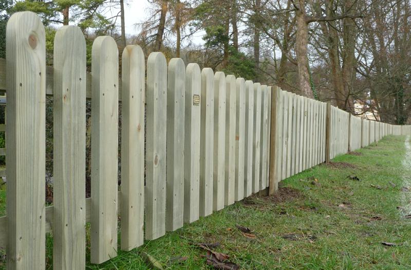 Palisade Fencing In Surrey Caterham Fencing